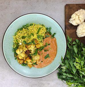 Produktbeispiel für Mittagessen 'Blumenkohl-Tofu Masala'